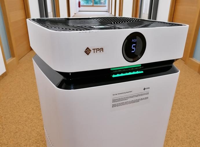 Luftreinigungsgeräte für die Landkreisschulen
